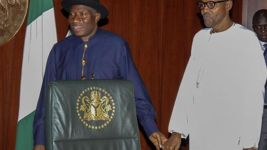 Muhammadu Buhari, investido presidente de Nigeria en una ceremonia histórica
