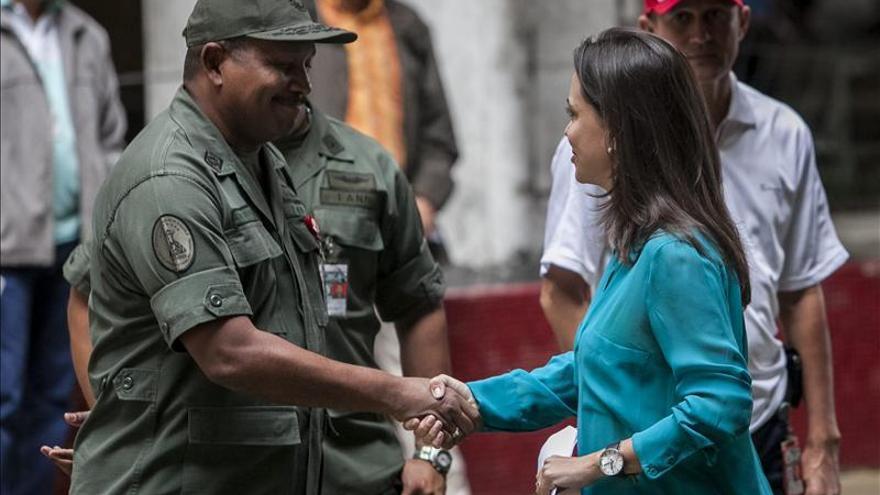 La Fiscalía venezolana imputa a la opositora Machado en un plan para matar a Maduro
