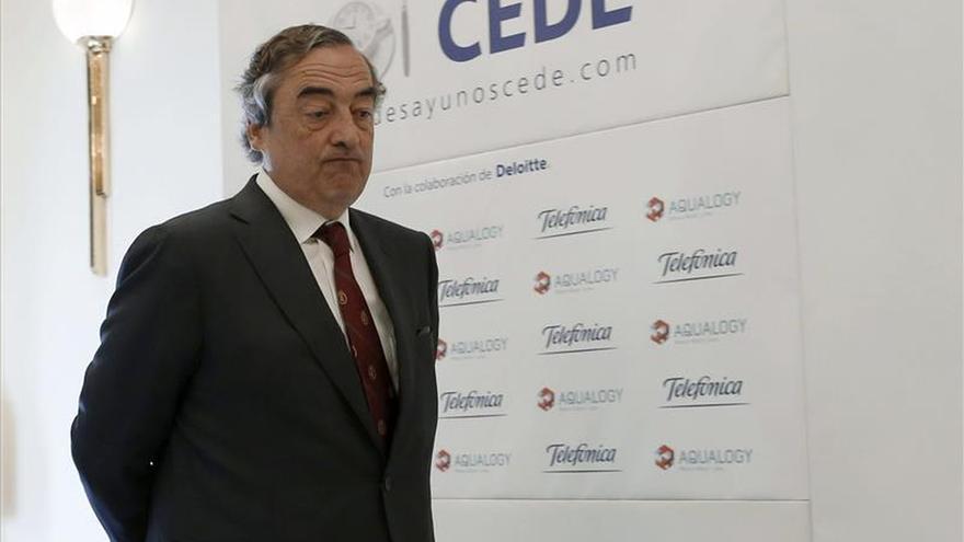 La CEOE pide a los partidos electos que olviden su programa y miren la realidad