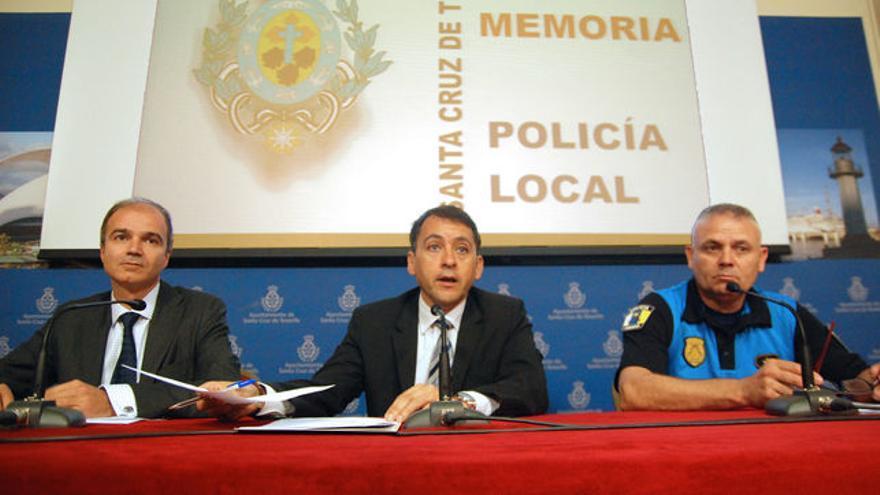José Alberto Díaz Estébanez (izquierda) y el alcalde José Manuel Bermúdez, en una imagen de archivo