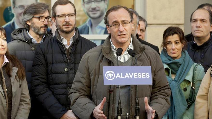 """Alonso pide agrupar el voto en el PP ante el riesgo de """"coaliciones extrañas"""""""