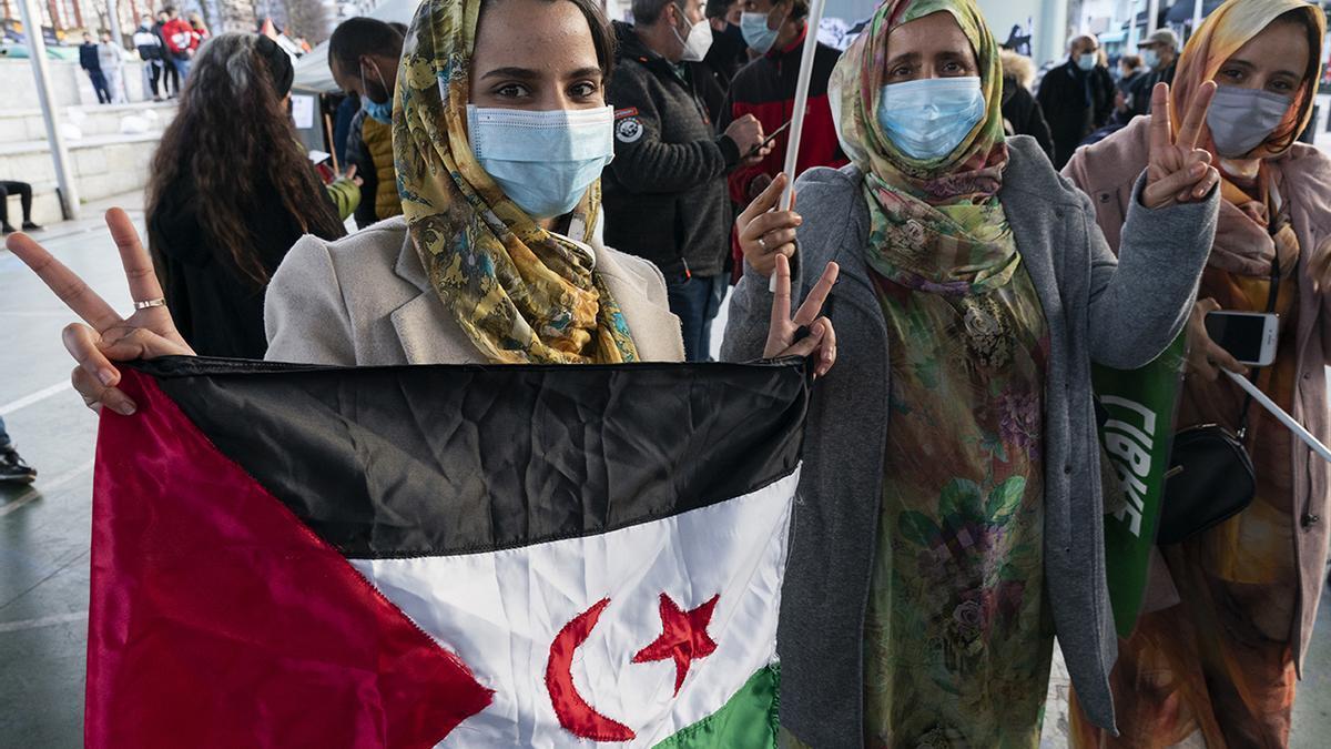 Concentración en Torrelavega en solidaridad con el pueblo saharaui.
