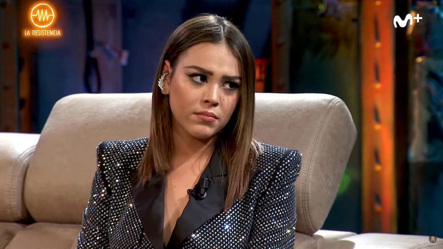 Danna Paola ('Elite') en su visita a 'La Resistencia'