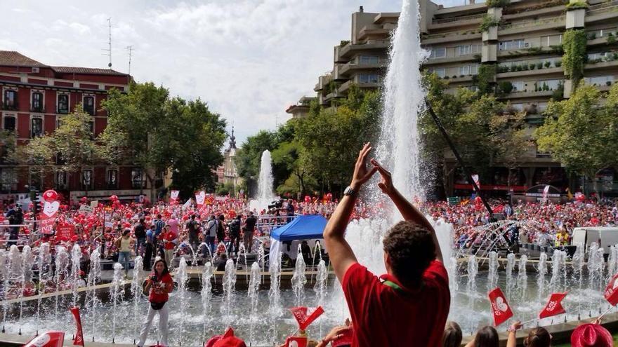 Glorieta de Ruíz Giménez a la llegada de la V Marcha por la Vida convocada por Derecho a Vivir y hazteoir.org / @VidaPrimero