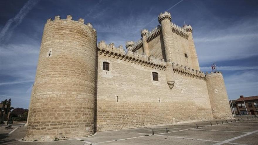 Castillo de Fuensaldaña (Valladolid), antigua sede de las Cortes de Castilla y León