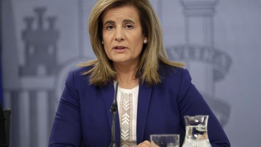 Báñez asegura que el III AENC se firmará en próximos días y dará margen para crear empleo
