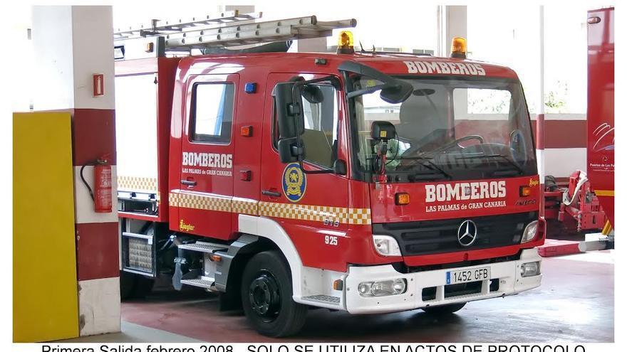 Unidad 925 del parque móvil de bomberos de Las Palmas de Gran Canaria, utilizado para actos protocolarios.