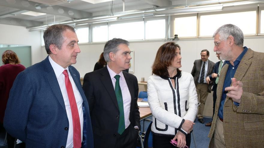 Artolazabal propone un plan de actualización de Lanbide que mejore la atención a colectivos vulnerables y desempleados