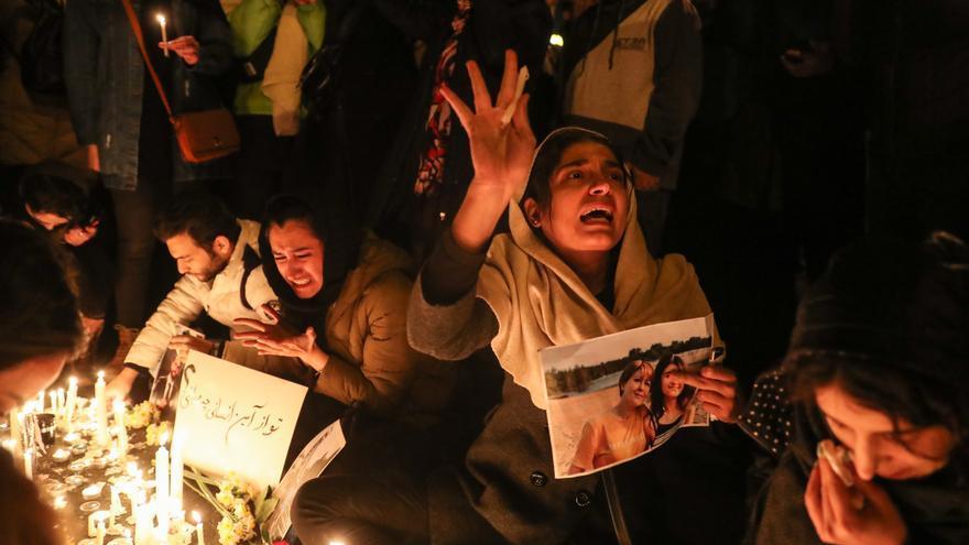 Vigilia celebrada en Teherán por las víctimas del avión derribado