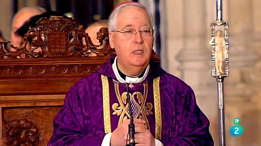 El obispo Reig, durante la misa emitida ayer por La 2