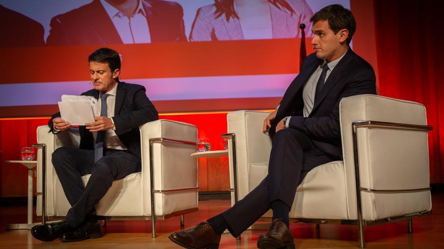 El expresidente francés, Manuel Valls, y el presidente de Ciudadanos, Albert Rivera, en un acto de Ciudadanos en Barcelona.