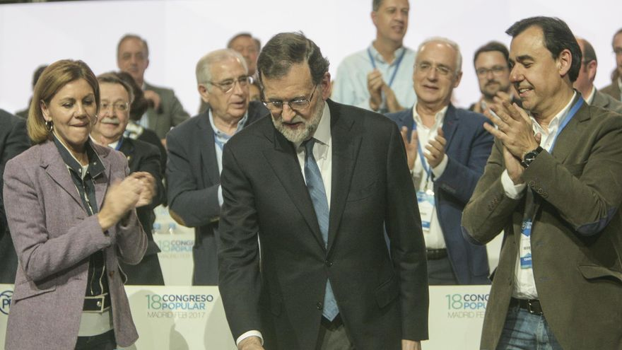 Mariano Rajoy, entre María Dolores de Cospedal y Fernando Martínez-Maillo