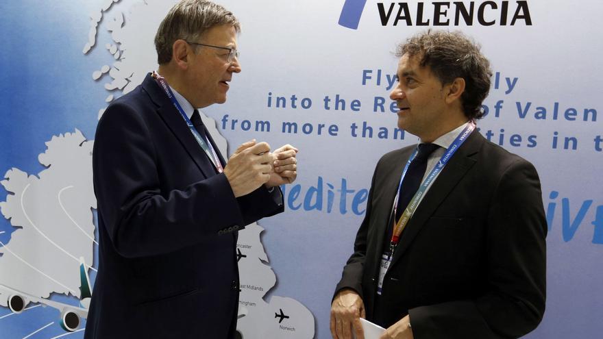 El presidente de la Generalitat, Ximo Puig y el responsable de la Agencia Valenciana de Turismo, Francesc Colomer, en la fería turística de Londres.