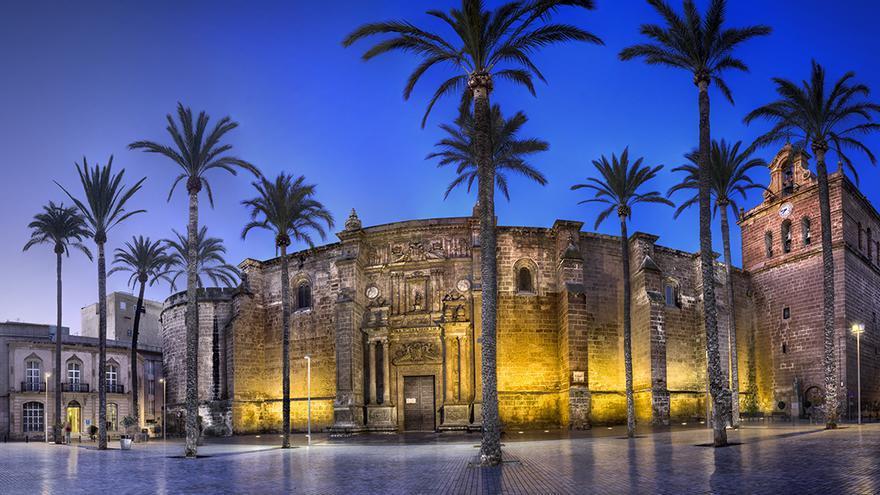 Catedral de la Encarnación: templo y refugio de Almería