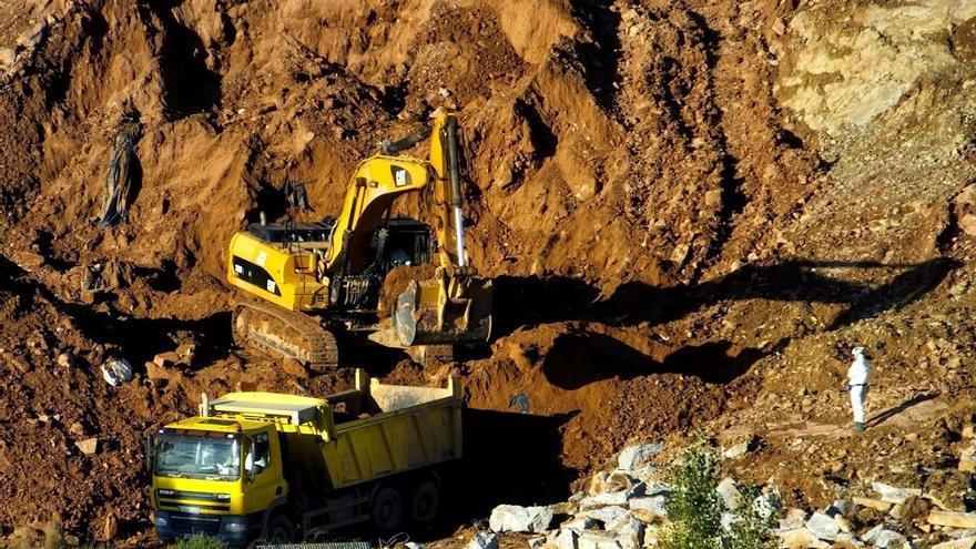 Trabajos de movimiento de tierras en Bailín. Foto: Ecologistas en Acción.