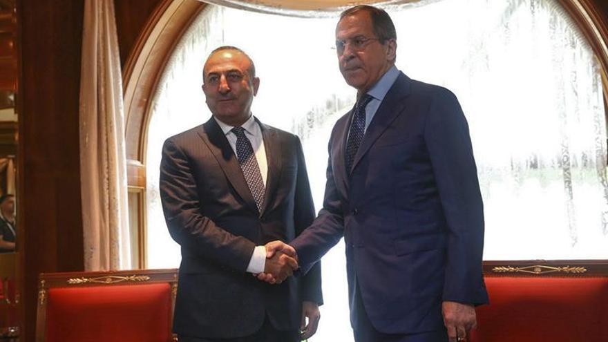 Rusia y Turquía reanudan la cooperación antiterrorista tras hacer las paces