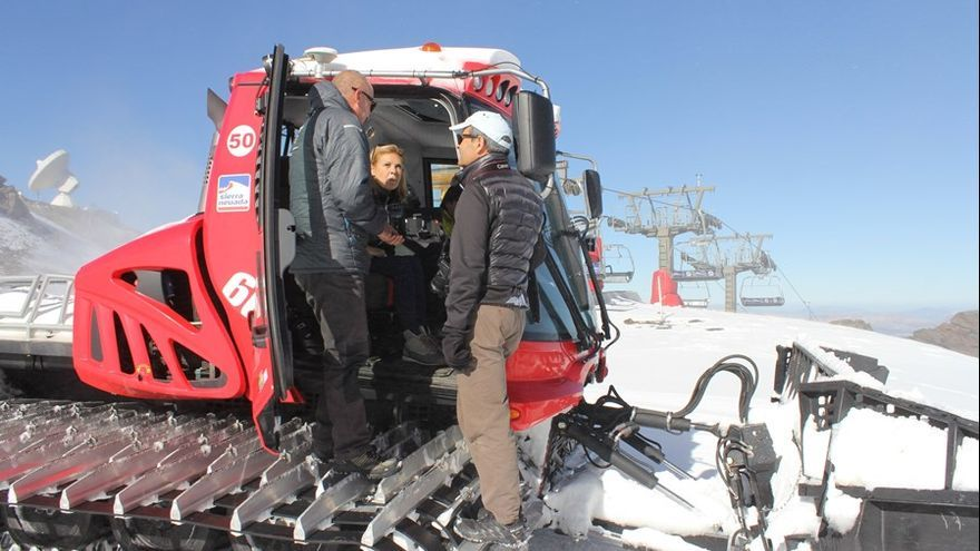 En Sierra Nevada se trabaja a destajo para tener las pistas listas el próximo sábado