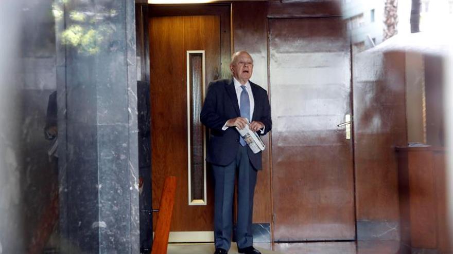 El expresident Jordi Pujol a las puertas de su domicilio en Barcelona