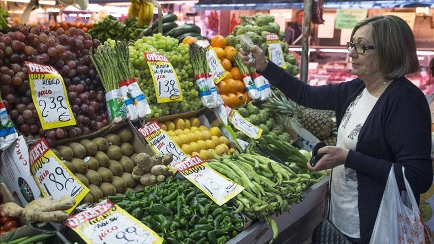 El índice de precios de consumo se sitúa en octubre en tasa negativa de 0,7 por ciento