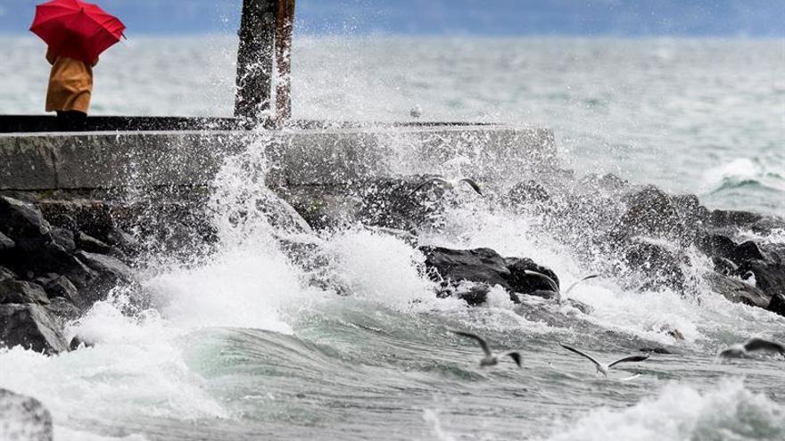 """Tres heridos leves y graves perturbaciones por la tormenta """"Eleanor"""" en Suiza"""