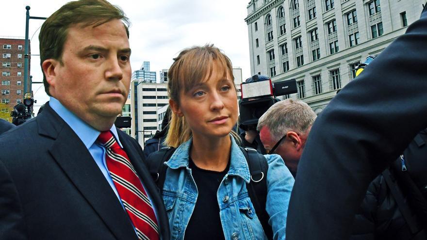 Allison Mack ('Smallville') ingresa en prisión dos semanas antes de lo previsto