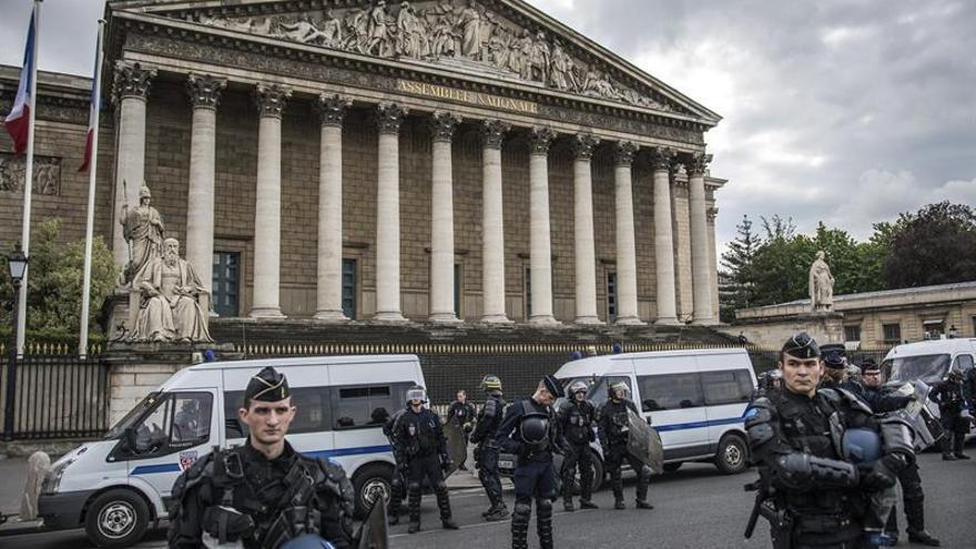 La Asamblea Nacional aprueba prolongar el estado de emergencia seis meses