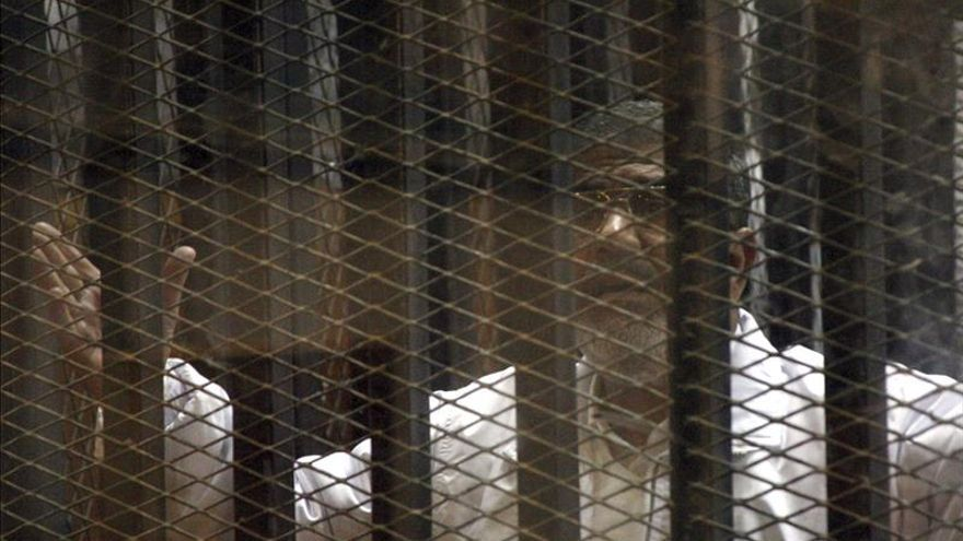 Condenan a muerte en Egipto a 528 partidarios del depuesto presidente Mursi