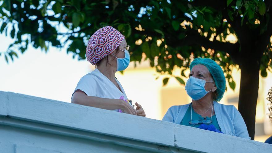 Sanitarios del Hospital Virgen del Rocío.