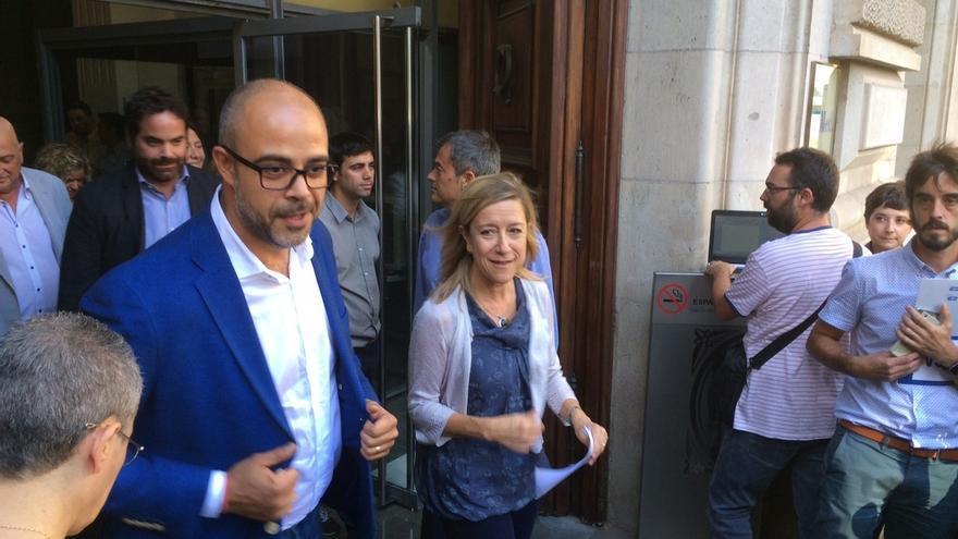 """ACM y AMI interpelan a la UE y piden movilizarse en la calle: """"Han suspendido de facto la autonomía"""""""