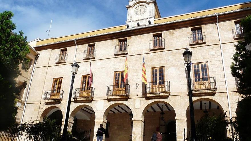 Una imagen del ayuntamiento de Dénia