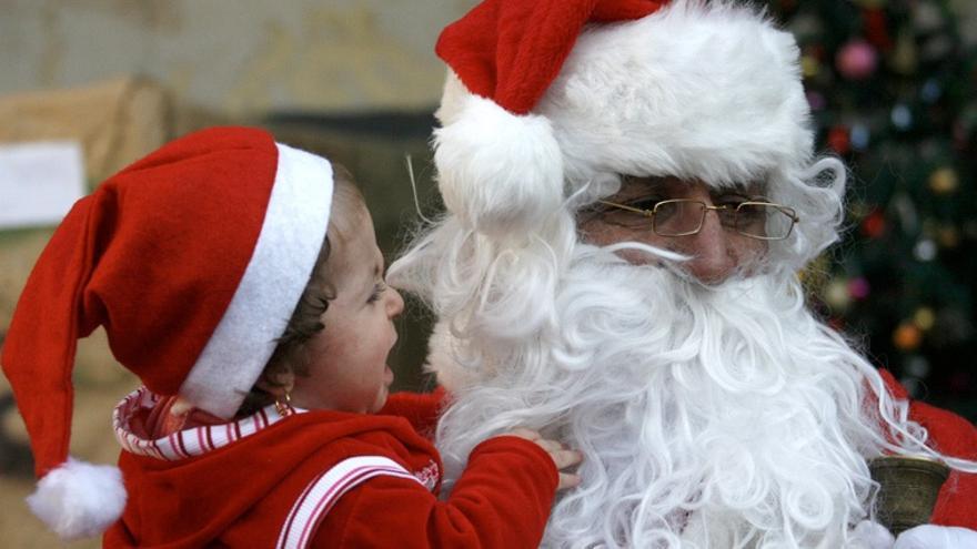 Fotos Papa Noel Reyes Magos.Hay Que Mentir A Los Ninos Sobre Papa Noel Y Los Reyes Magos
