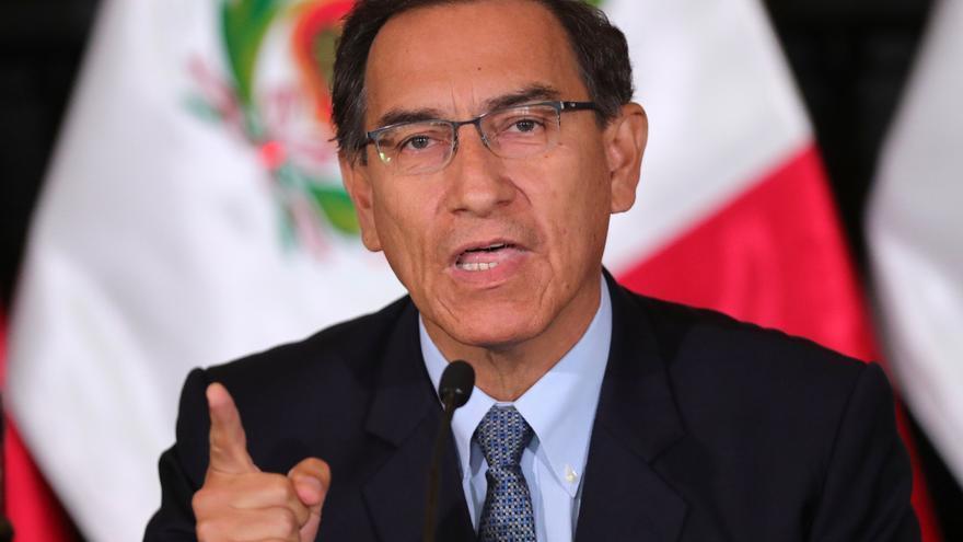El Constitucional peruano evade resolver la causa que provocó la crisis en Perú
