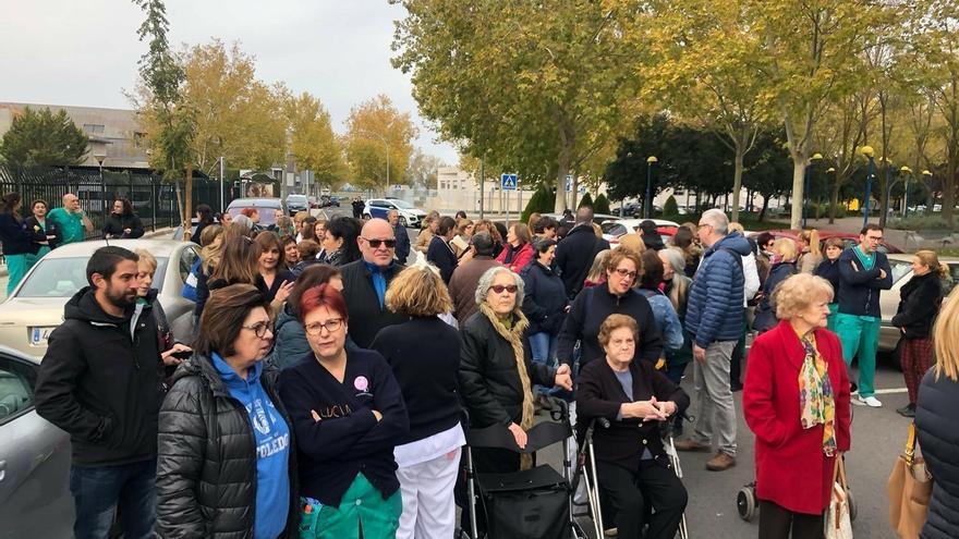 El Comité de Empresa de Bienestar Social se manifiestan en Ciudad Real para pedir más personal en residencias de mayores