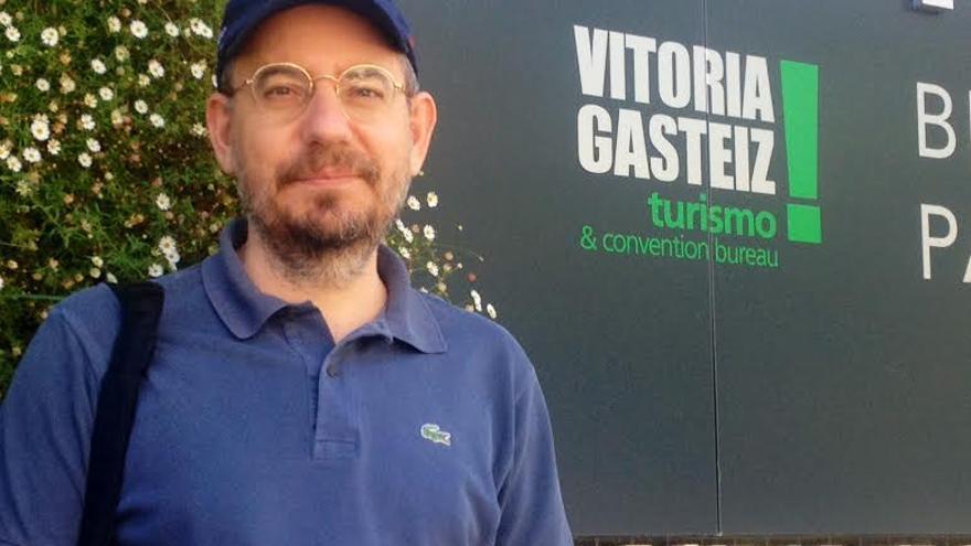 Javier Gregori ha intervenido en las jornadas Periodismo a pie de calle que se desarrollan en Vitoria.