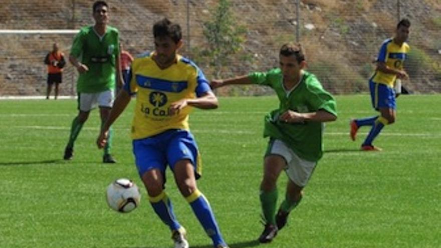 Imagen del encuentro Las Palmas Atlético-Estrella. (Acfi Press)