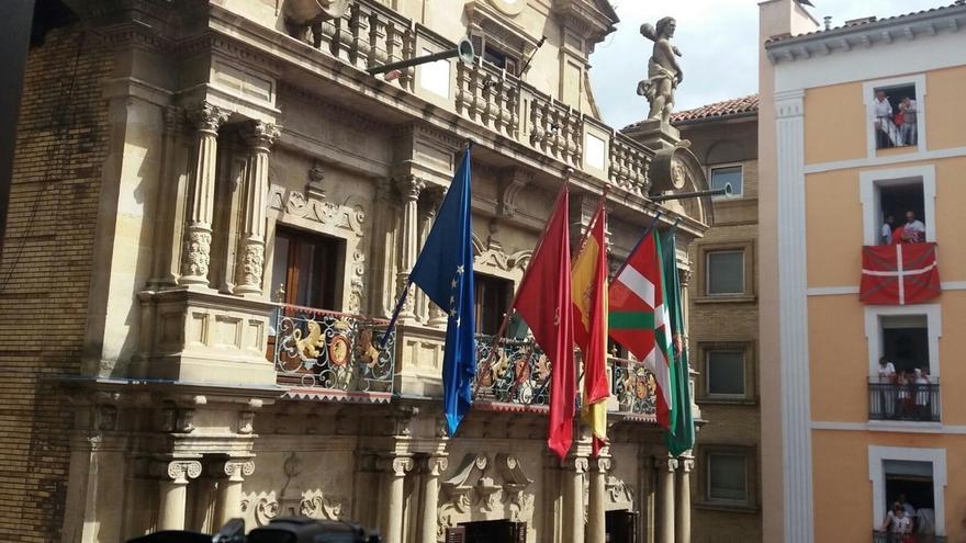 UPN quiere que el Congreso rechace el izado de la ikurriña en el Ayuntamiento de Pamplona el día del chupinazo