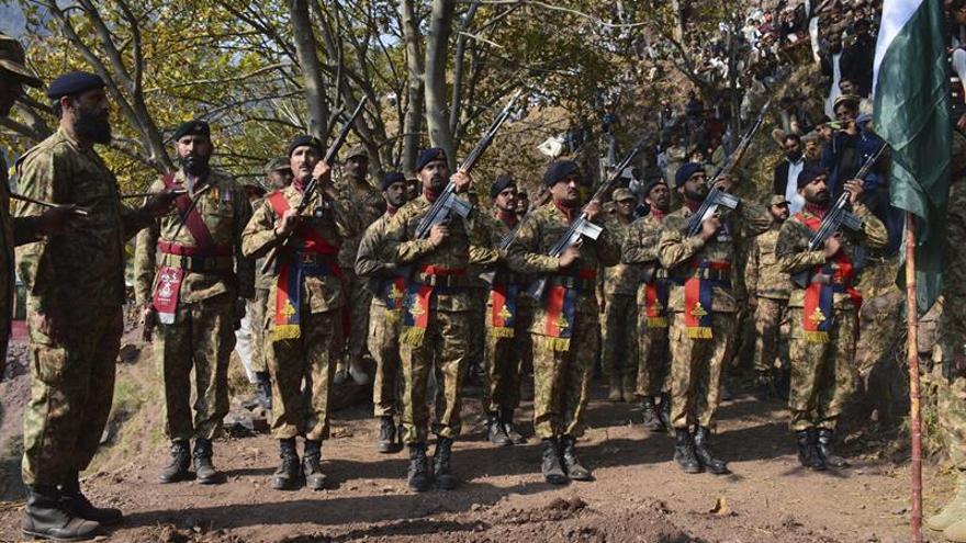 El jefe de la diplomacia paquistaní visitará la India en plena escalada de tensión