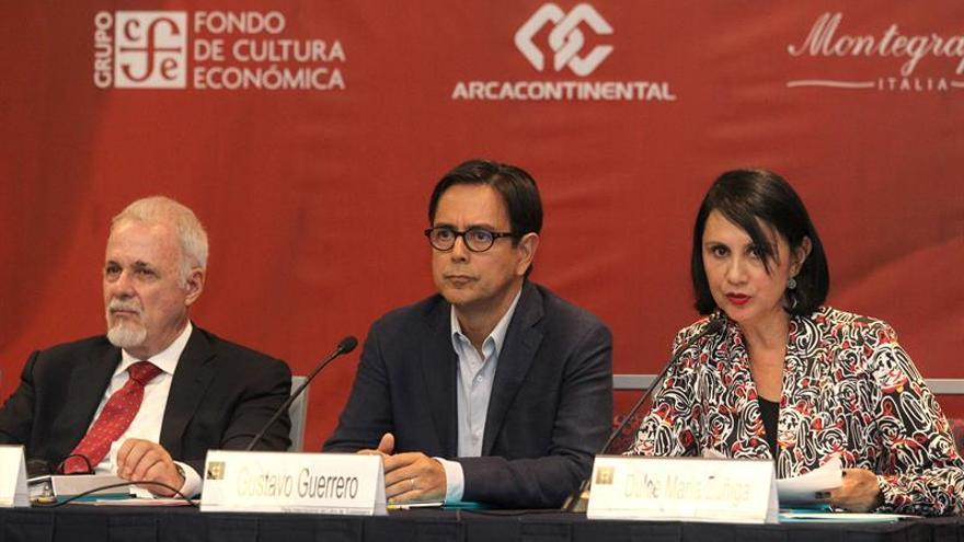 La FIL de Guadalajara reconoce la versatilidad literaria de Emmanuel Carrère