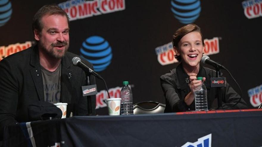 'Stranger Things' avanza triángulo amoroso en la 2ª temporada