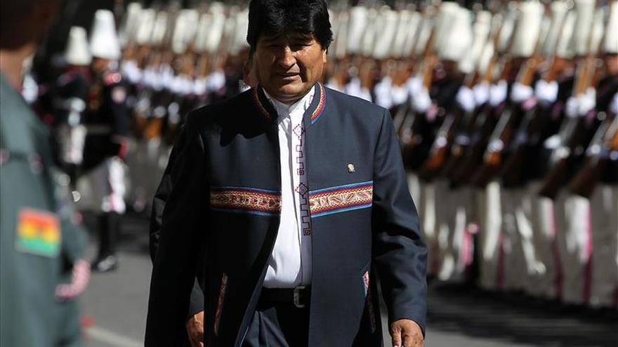 """Evo Morales felicita a Macri y desea seguir trabajando por la """"Patria Grande"""""""