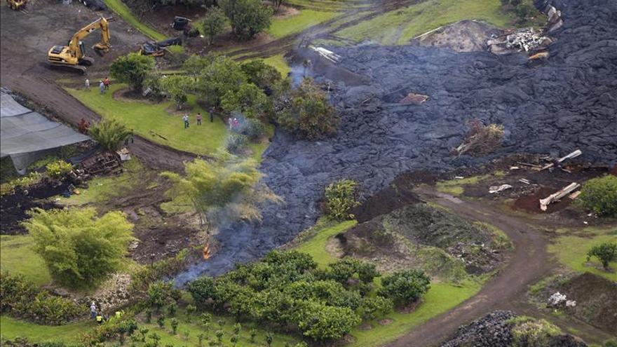 La lava del volcán Kilauea alcanza la primera casa en Hawai sin heridos