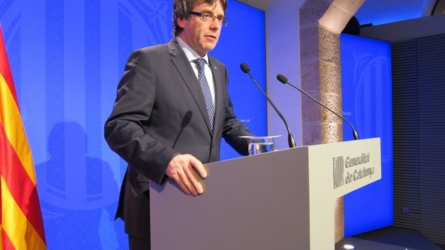 Puigdemont pide la dimisión o cese de Dancausa por querer prohibir las 'estelades'