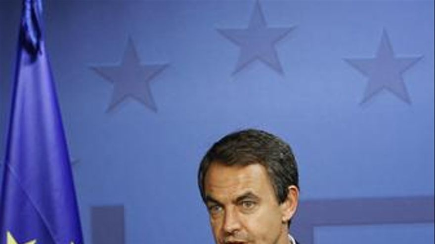Zapatero tras el Consejo Europeo. (EUROPA PRESS)