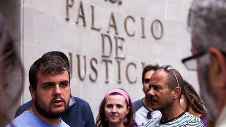 El activista tinerfeño Roberto Mesa