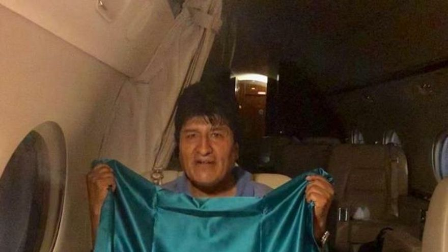 Con Evo Morales a bordo despegó hacia México un avión miliar mexicano