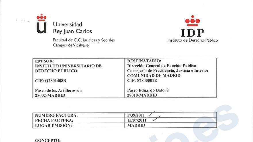 Factura del IDP a la Comunidad de Madrid por el máster de derecho autonómico del curso 2011/2012