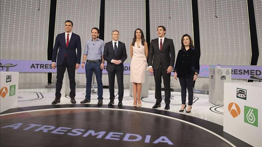 Sánchez y Rivera atacan a Iglesias por no sumarse al pacto antiyihadista