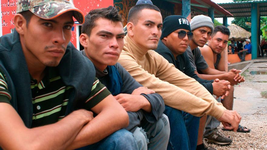 Migrantes denuncian que con el Programa mexicano Frontera Sur es más difícil cruzar México que llegar a Estados Unidos. / Animal Político.
