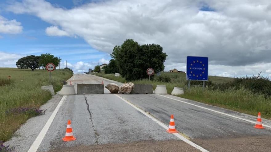 Paso fronterizo entre Villanueva del Fresno (Badajoz) y Portugal