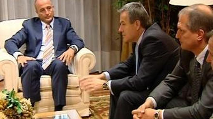 Reunión de Sebastián y representantes de Magna y Opel